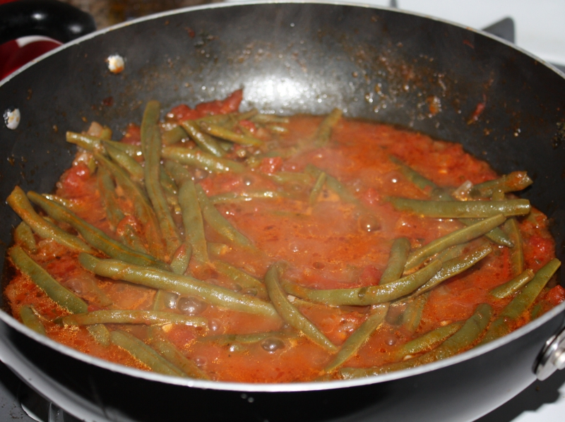 greek green beans in tomato sauce