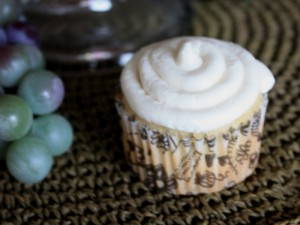 White chocolate truffle cupcake finish