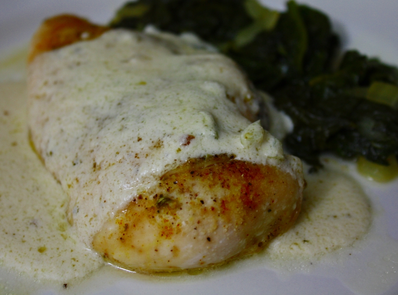 Baked Chicken with White Wine and Garlic Cream Sauce