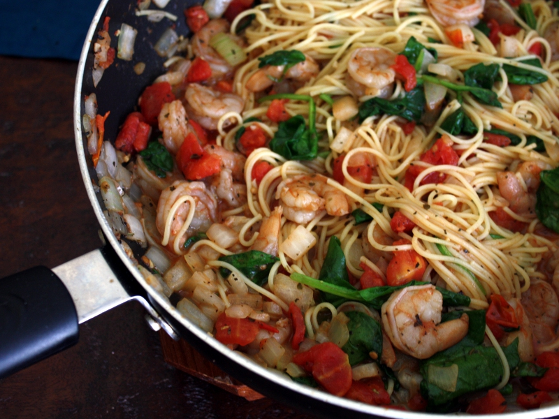 Shrimp pasta pan